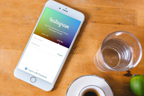 How To Leverage Instagram to Sell Your Art